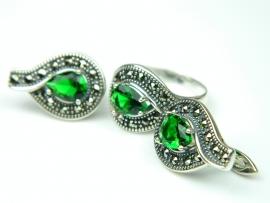 Set bijuterii argint, inel si cercei, smarald si marcasite