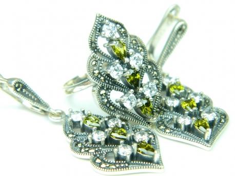 Set bijuterii argint, inel si cercei, peridot, zirconia si marcasite