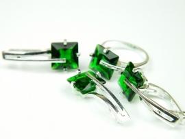 Set bijuterii argint, inel, cercei si pandant, smarald