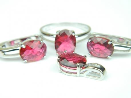 Set bijuterii argint rodiat, aspect aur alb, inel, cercei si pandantiv, rubin