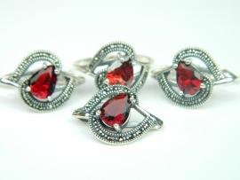Set bijuterii argint, 4 piese, rubin si marcasite