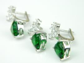 Set bijuterii argint rodiat, aspect aur alb, smarald si zirconia