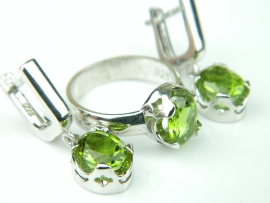 Set bijuterii argint rodiat, aspect aur alb, cercei si inel, zultanit