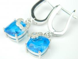 Cercei argint rodiat, aspect aur alb, topaz bleu si zirconia