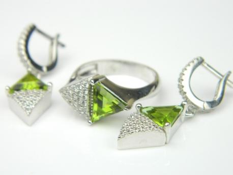 Set bijuterii argint rodiat, aspect aur alb, cercei si inel, zultanit si zirconia