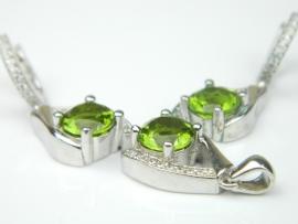 Set bijuterii argint rodiat, aspect aur alb, cercei si pandantiv, zultanit si zirconia