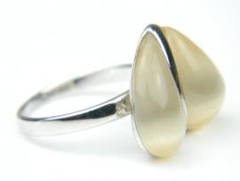 Inel argint rodiat, aspect aur alb, piatra crem