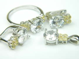 Set bijuterii argint rodiat, aspect aur alb, patru piese, topaz alb si zirconia