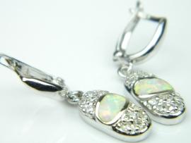 Cercei argint rodiat, aspect aur alb, opal alb si zirconia