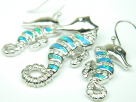 Set bijuterii argint rodiat, unicat, aspect aur alb, cercei si pandantiv, opal imperial si zirconia