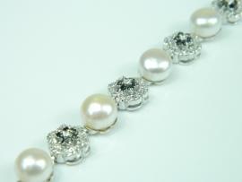 Bratara argint rodiat, aspect aur alb, perle si zirconii