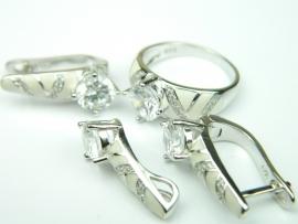 Set bijuterii argint rodiat, aspect aur alb, patru piese, topaz alb, email si zirconia