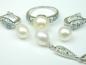 Set bijuterii argint rodiat, aspect aur alb, patru piese, perle si zirconii multicolore