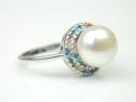 Inel argint rodiat, aspect aur alb, perla si zirconii multicolore
