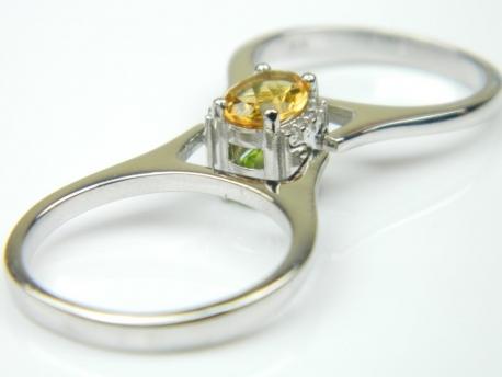 Inel dublu, argint rodiat, aspect aur alb, citrin natural, zultanit si zirconii