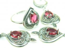 Set bijuterii argint, patru piese, rubin si marcasite
