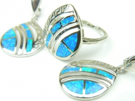 Set bijuterii argint rodiat, aspect aur alb, cercei si inel, opal imperial