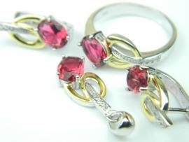 Set bijuterii argint rodiat si aurit, rubin si zirconii