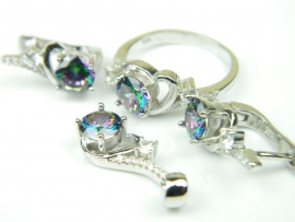 Set bijuterii argint rodiat, aspect aur alb, patru piese, topaz mistic si zirconii