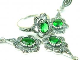 Set bijuterii argint, patru piese, smarald si marcasite