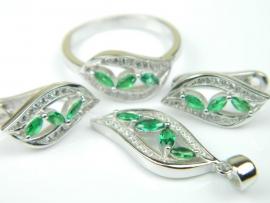 Set bijuterii unicat, argint rodiat, aspect aur alb, patru piese, smarald si zirconii
