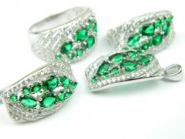 Set bijuterii, argint rodiat, aspect aur alb, patru piese, smarald si zirconii