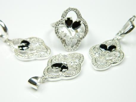 Set bijuterii argint, cercei, pandantiv, inel, onix si zirconii