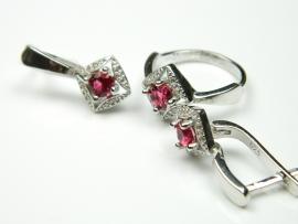 Set bijuterii argint rodiat, aspect aur alb, cercei si inel, rubin si zirconii