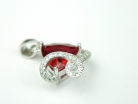 Pandantiv argint rodiat, aspect aur alb, model italian, rubin si zirconia