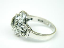 Inel argint handmade, vintage, zirconii si piatra alba